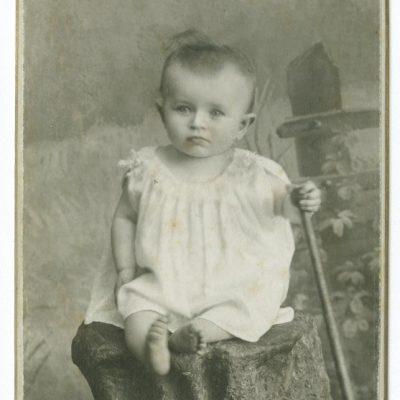 Laimutė Šlapelytė 10-ies mėnesių, 1907 m.
