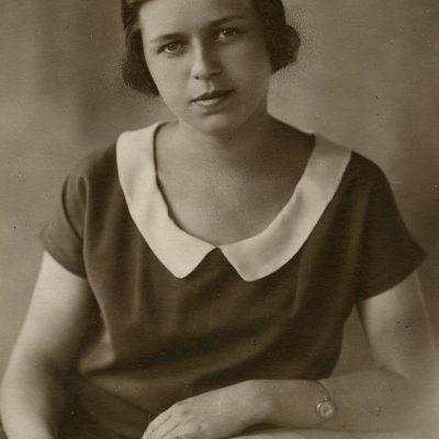 Vyriausiosios Šlapelių dukters Laimutės portretas, darytas B. Brudner ateljė Vilniuje, 1928 m.