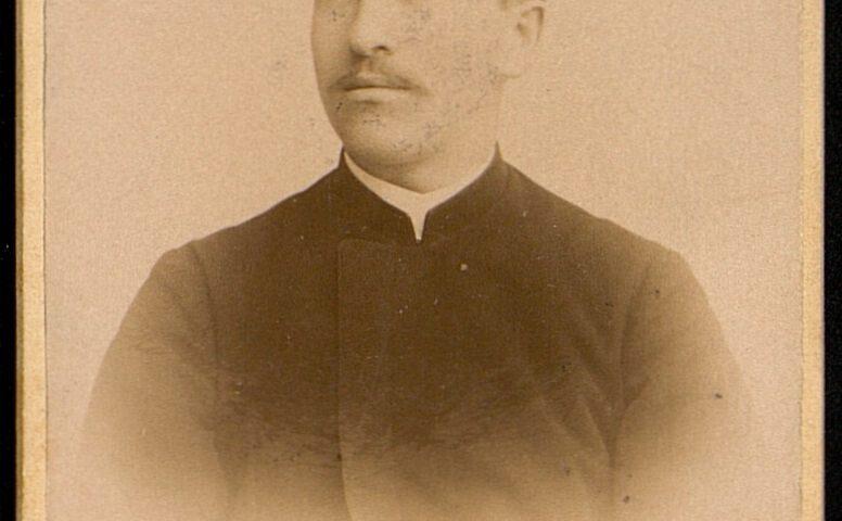 Jurgis Šlapelis. Fotografuota Taline (Reveryje) 1898 m. Maskvos centrinio istorijos archyvo nuotrauka.