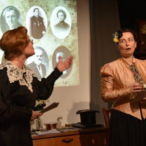 Nuotraukoje: Eglė Tulevičiūtė ir Nida Timinskaitė.